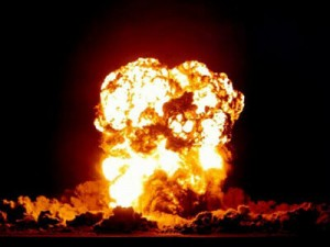 Big_Explosion.jpgD0C9DC22-8CA7-4363-90A9AC176C77FB73.jpgLarge